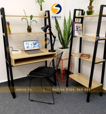 Bàn làm việc Sokico BLV07 bao gồm ghế ngồi và kệ sách 4 tầng