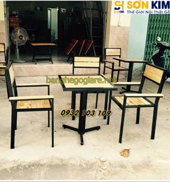 Mẫu Bàn Ghế Cafe Gỗ Lưng Tựa Đẹp GC03