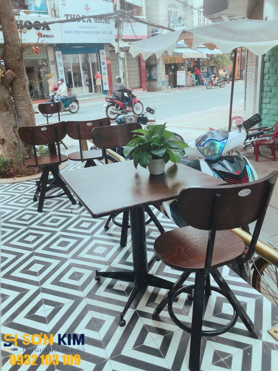 bàn ghế cà phê dự án quán cà phê Marina coffee