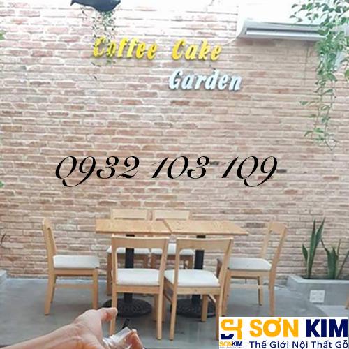 Hình 10: Bàn ghế cafe tại quán Cake Garden Coffee
