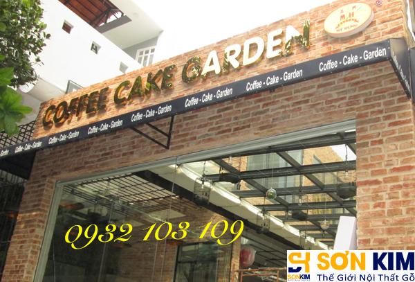 Hình 27: Bàn ghế cafe tại quán Cake Garden Coffee