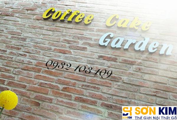 Hình 3: Bàn ghế cafe tại quán Cake Garden Coffee