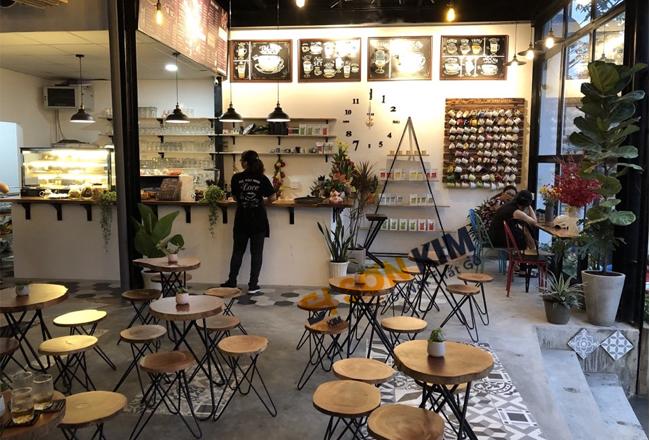 bộ bàn ghế cafe chân sắt