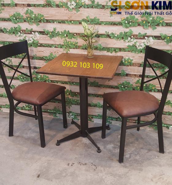Bàn Ghế Cafe Gỗ BGC36
