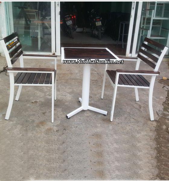Mẫu bàn ghế Cafe BGC38
