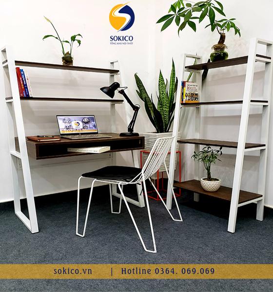 Bàn làm việc Sokico BLV05 bao gồm ghế ngồi và kệ sách 4 tầng